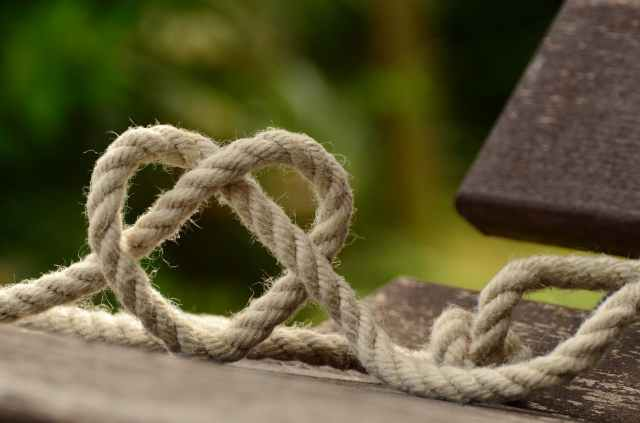 rope-knitting-heart-love-113737.jpeg